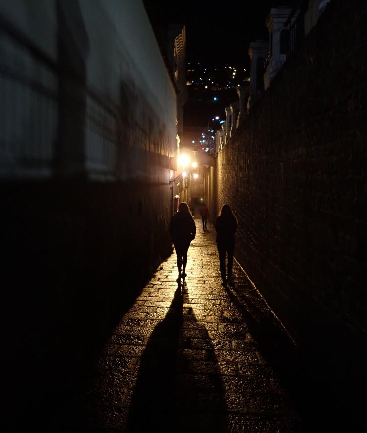 la ronda at night